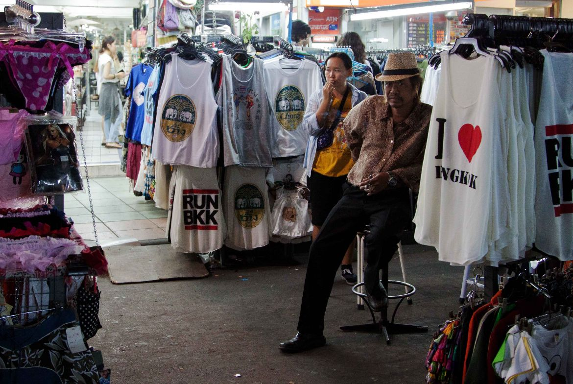 T-Shirt vendor Khaosan Road