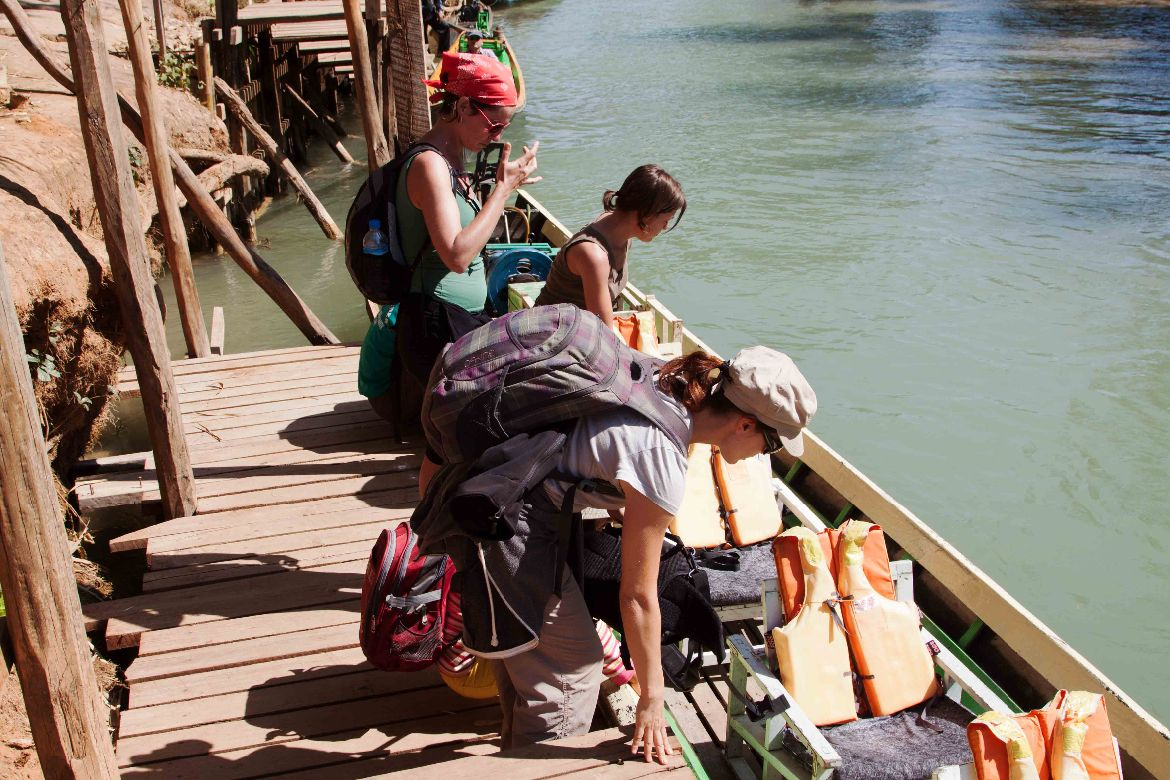 Embarking In Dein Inle Lake