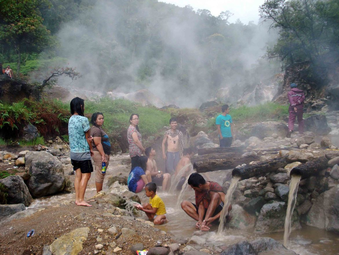Kawah Cibuni hot springs people bathing