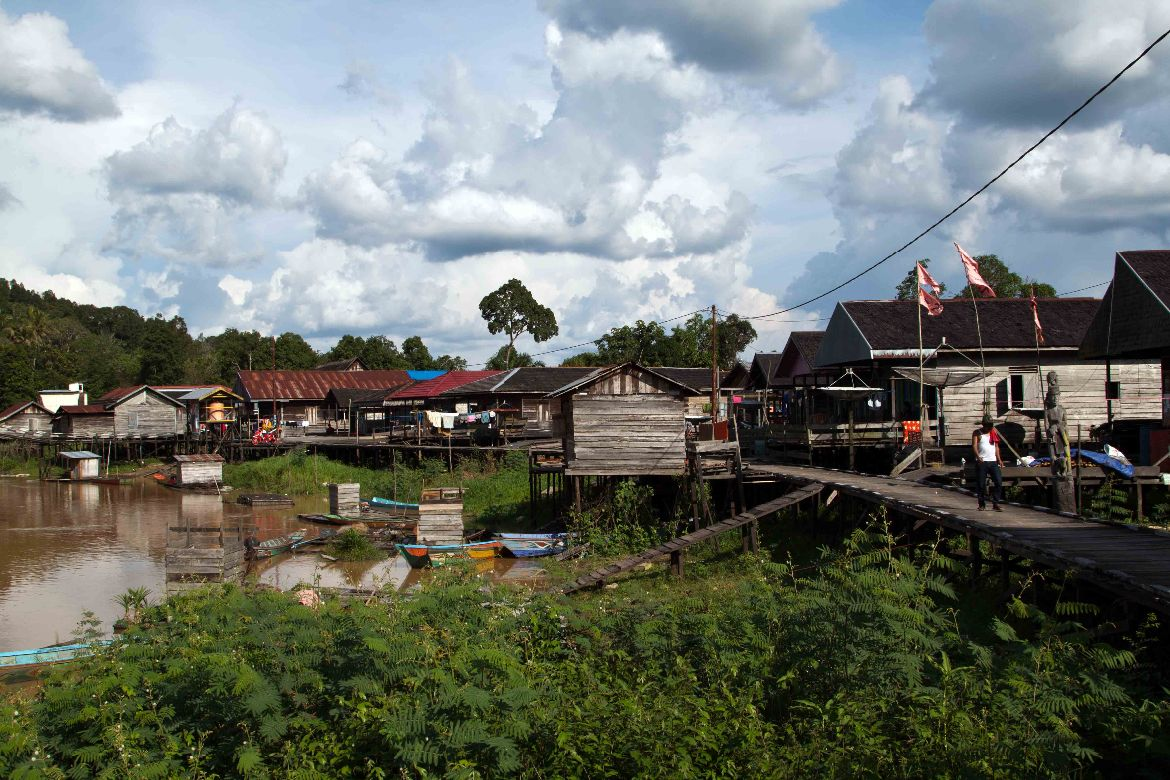 Village on stilts Kalimantan