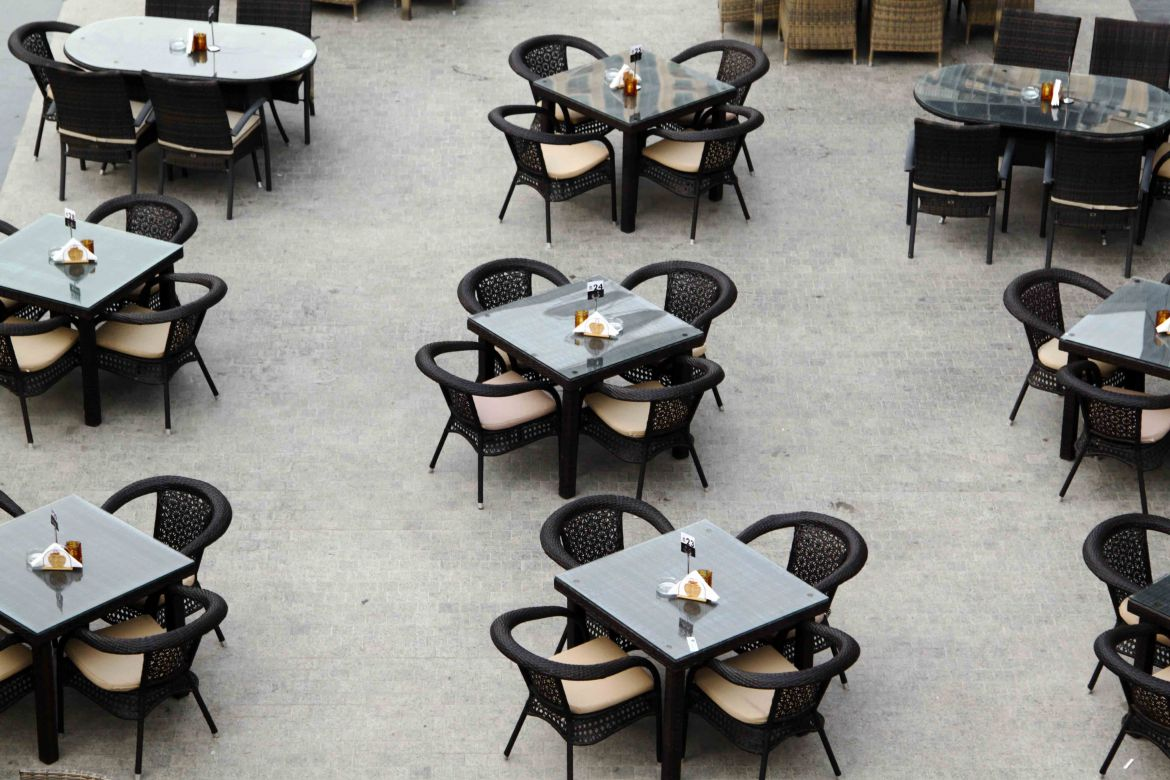 Ramadan Dubai empty restaurants